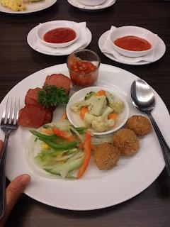 menu sarapan hotel