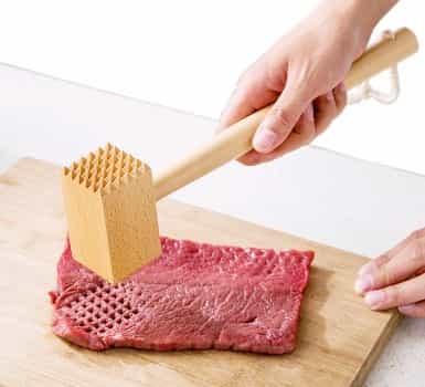 Cara Memukul Daging Biar Cepat Empuk