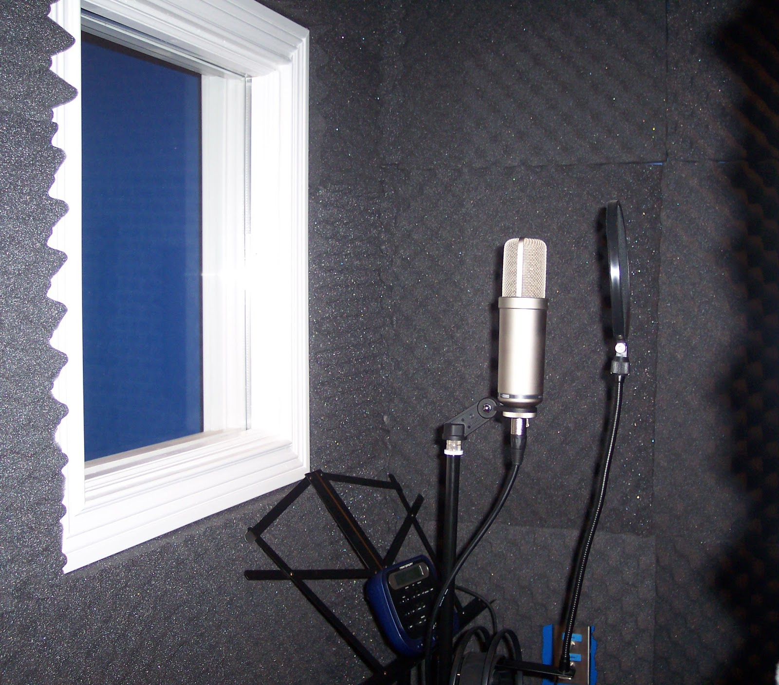 booth vocal booth veneers pic. Black Bedroom Furniture Sets. Home Design Ideas