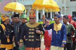 Kabut Asap, Wali Nanggroe Tak Hadiri Upacara Adat Diraja Kuala Batu