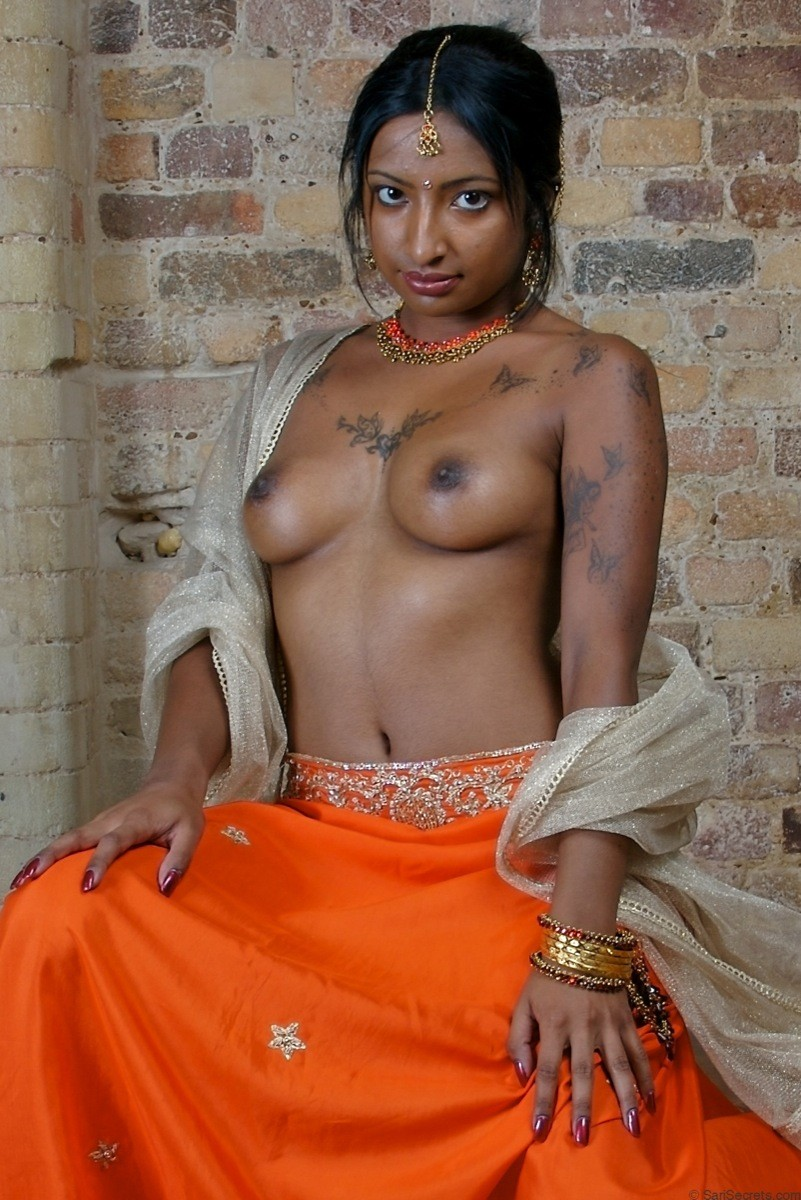 sex-nut-nude-black-indian-girl-with-ideas