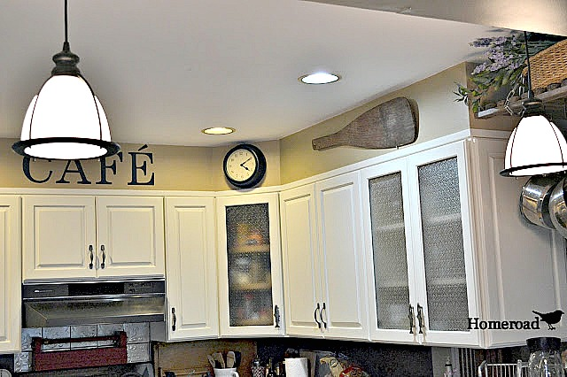 Farmhouse style hanging instant pendant lights.