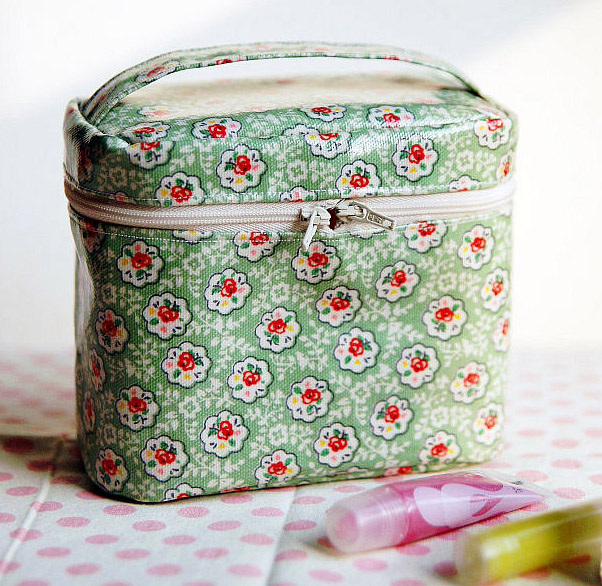 A Zippered Cosmetic Bag
