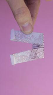 cách gấp cái quần bằng tiền giấy