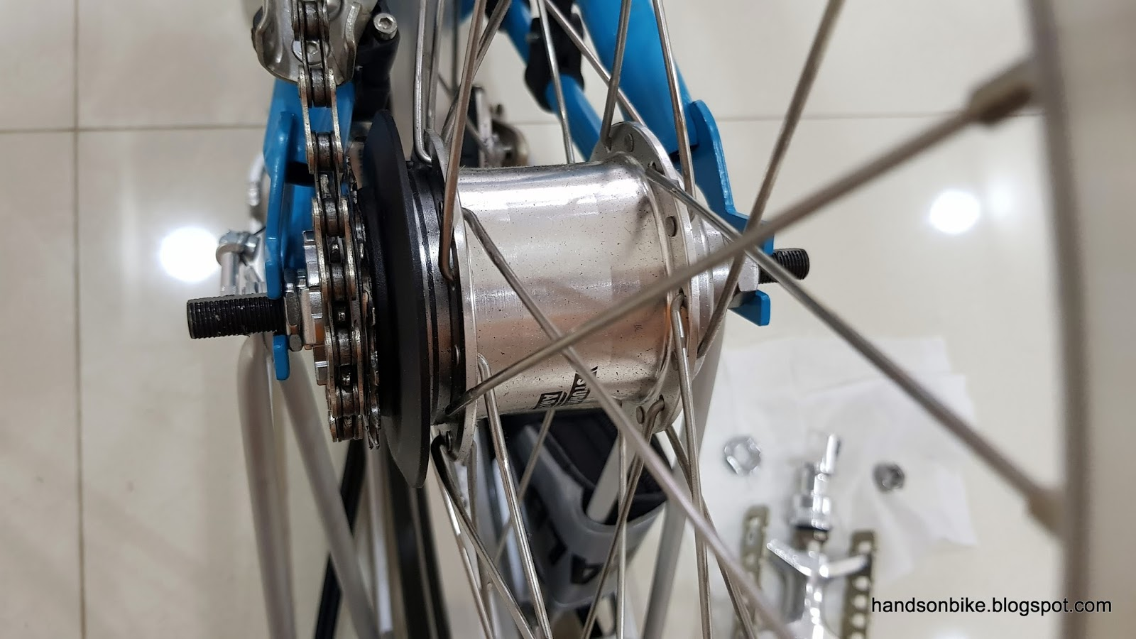 Hands On Bike: Brompton M6R: How to Remove and Install Rear