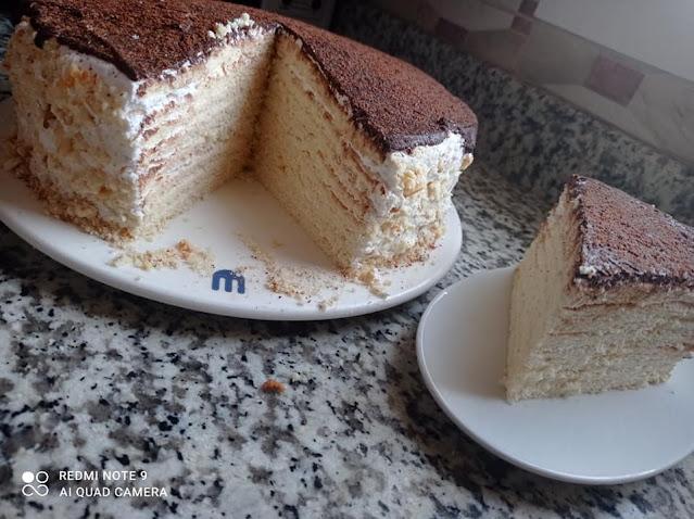 الكيكة الروسية بالعسل
