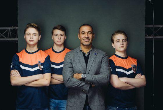 Team FIFA Online Ruud Gullit