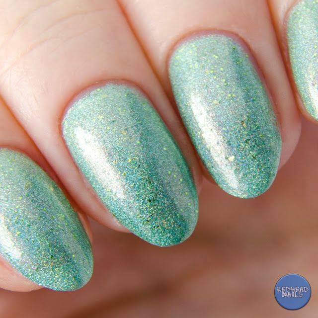 Emily de Molly Strangeness and Charm swatch