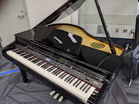 Samick SG500 polished ebony grand piano