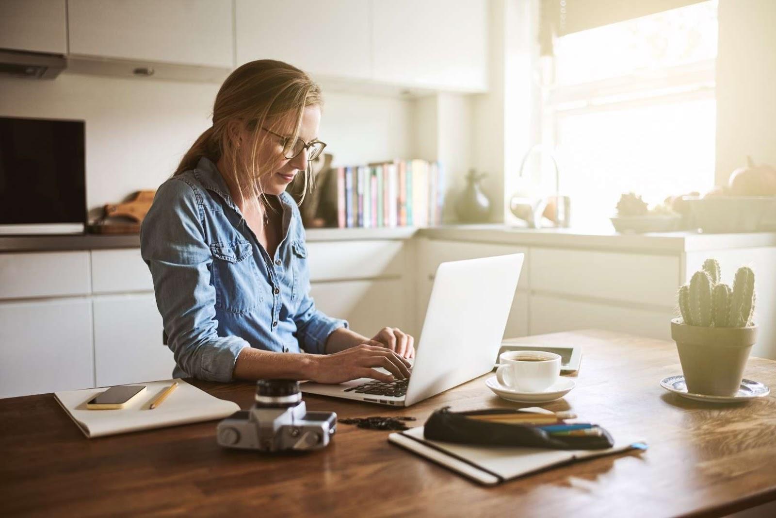 22 Expert Tips for a Better Work-Life Balance