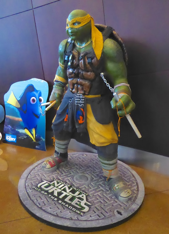 Life-size Ninja Turtles Out of the Shadows Michelangelo statue