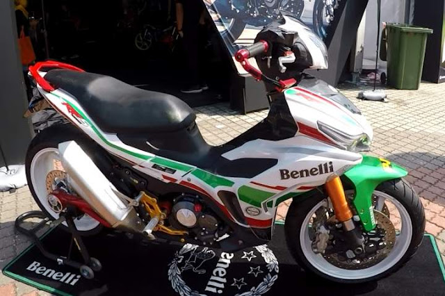 Benelli RSF 150i Modifikasi Racing Look