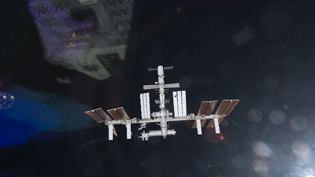 Supply ship reaches ISS