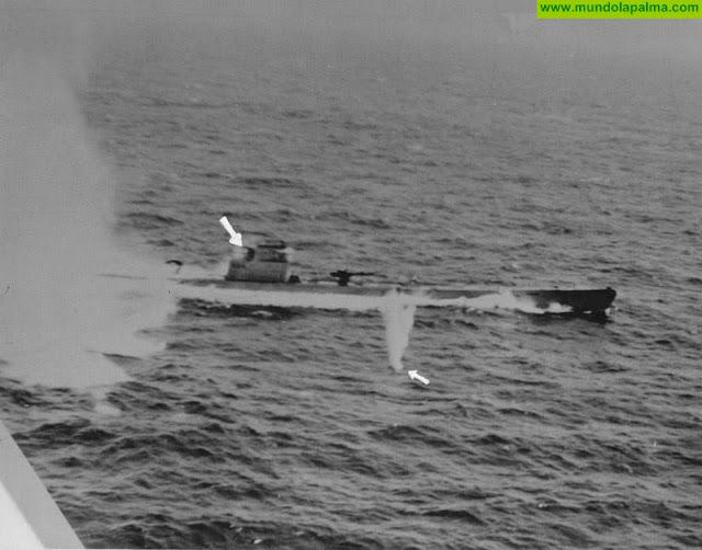 Fotografía real del hundimiento del submarino UBOAT 524