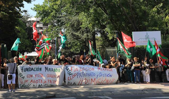 protesta trabajadores de la Fundación Miranda