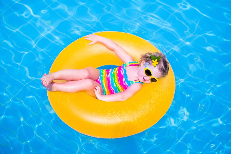 Guide to Choosing the Best Baby Swimsuit