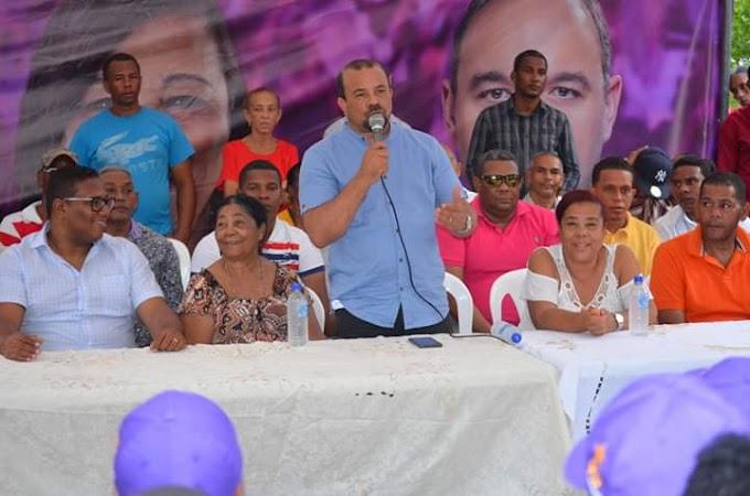 Cabral se desborda en apoyo A Rafael Ferreras (Pepe) en el lanzamiento oficial de su precandidatura a Alcalde