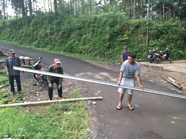 Inisiatif Aparatur Desa ajak warga Bergotong Royong Cegah Penyebaran Covid 19