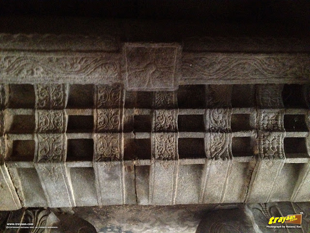Skillfully sculpted eaves at Veerabhadra Swamy Temple complex at Lepakshi, in Andhra Pradesh, India
