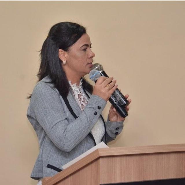 Vereadora Eulina Amorim faz duras críticas a pré-candidatura de Teti Britto