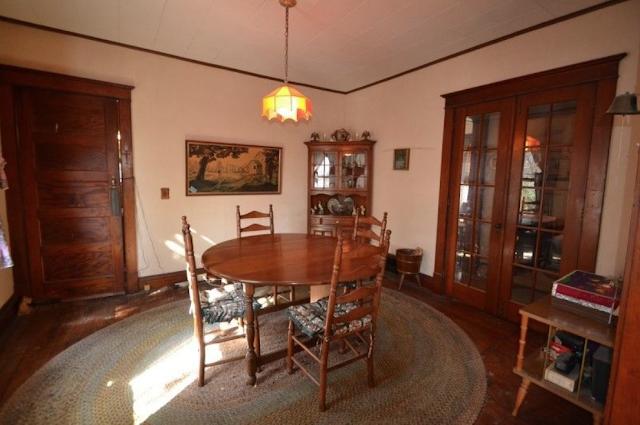 color photo of dining room Sears Winona 3 Prospect St High Bridge NJ