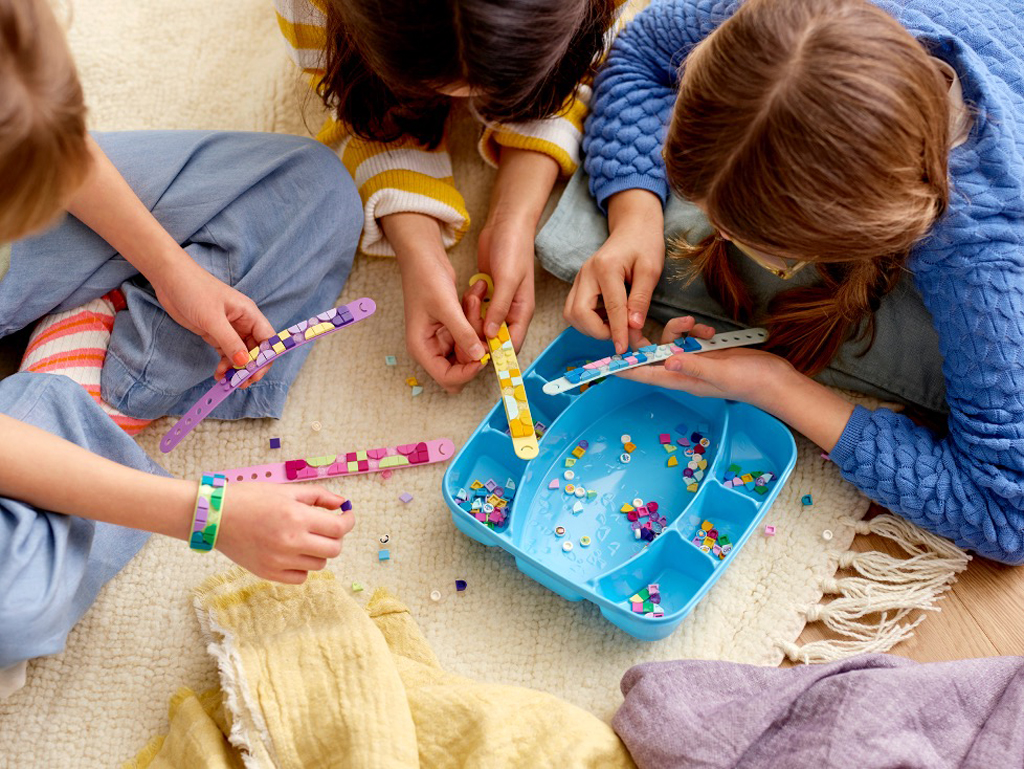 12 Ideas for Fun Family Activities Everyone Will Enjoy