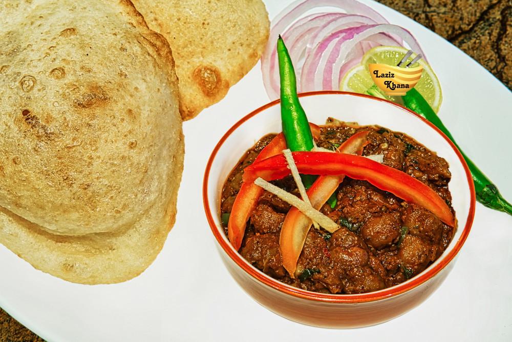 Punjabi Chole Bhature Recipe in Hindi