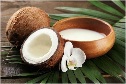 Method of action of coconut milk