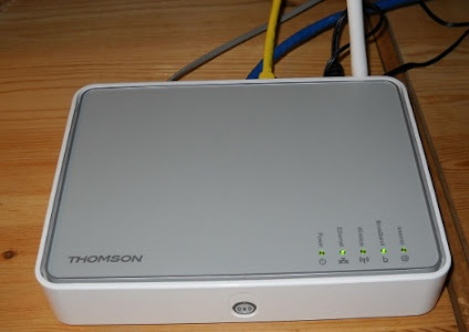 Thomson TG585 v8