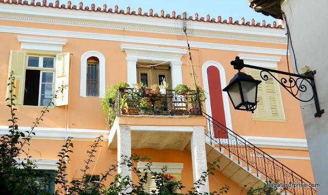 Arquitetura neoclássica em Nafplio, Peloponeso, Grécia