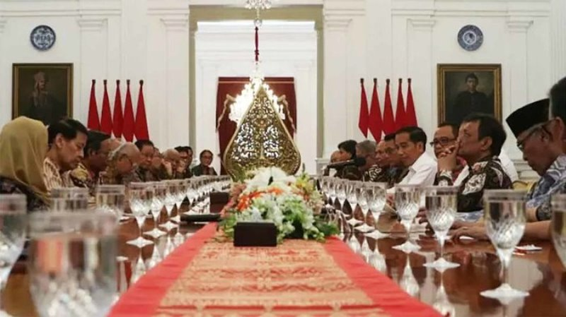 Jokowi: Jangan Cuma Janji Kosong, Terbitkan Segera Perppu KPK