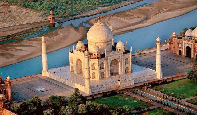 Unknown Facts about Taj Mahal