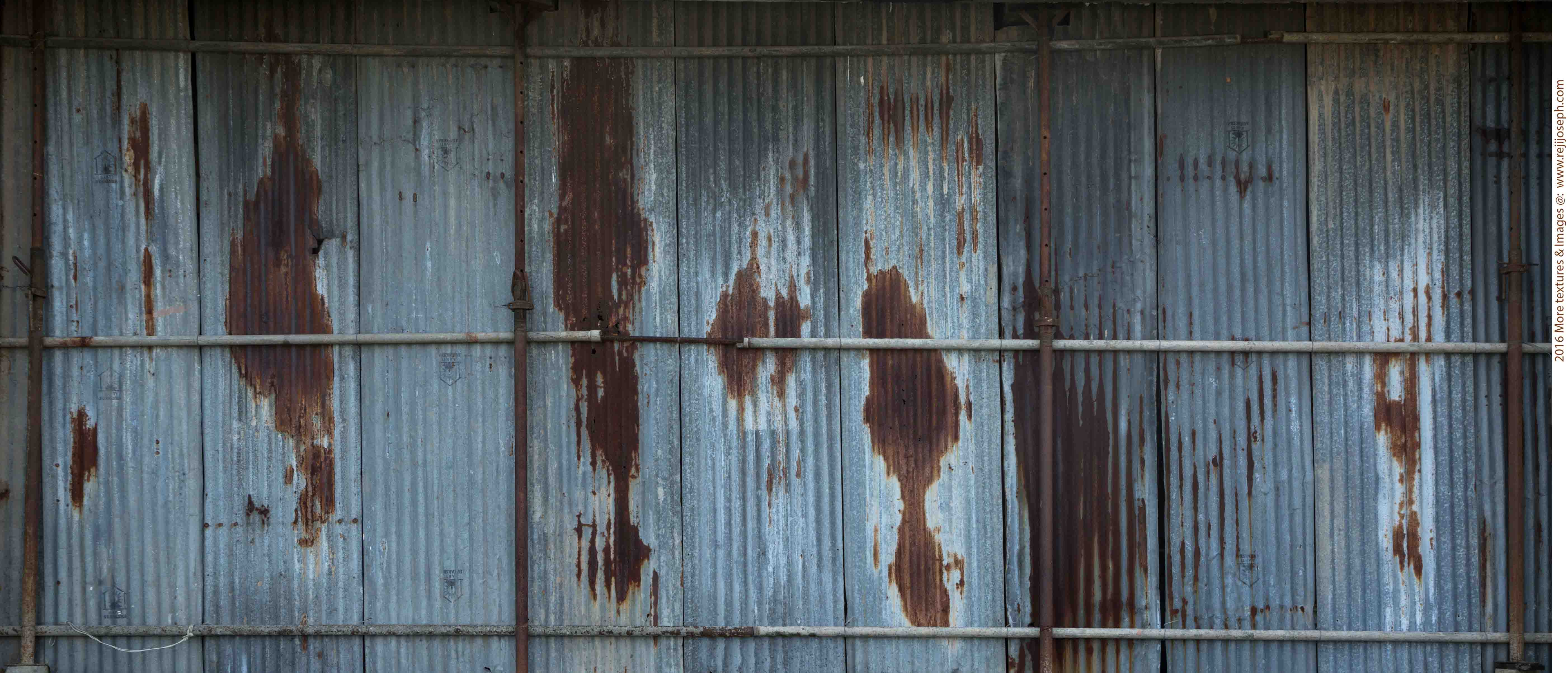 Rusty metal roof sheet texture 00003