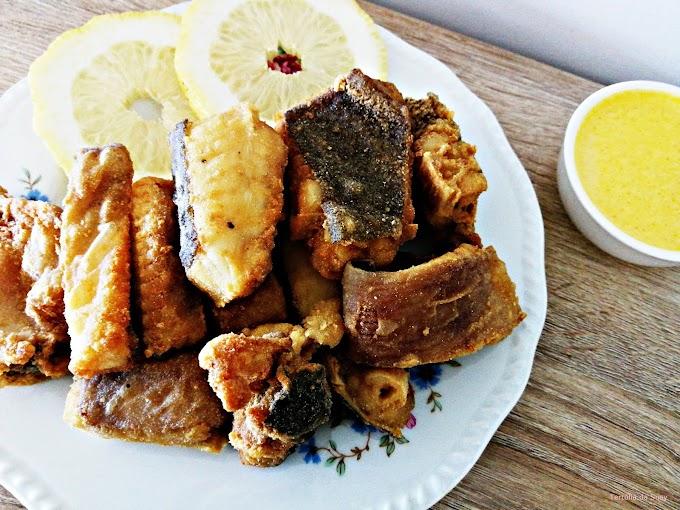 Raia frita com maionese de alho