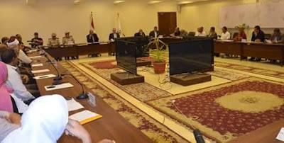 محافظ بني سويف: سنواجه بالقانون أية شائعات أومخالفات تتسبب في رفع أسعار السلع الأساسية على المواطنين