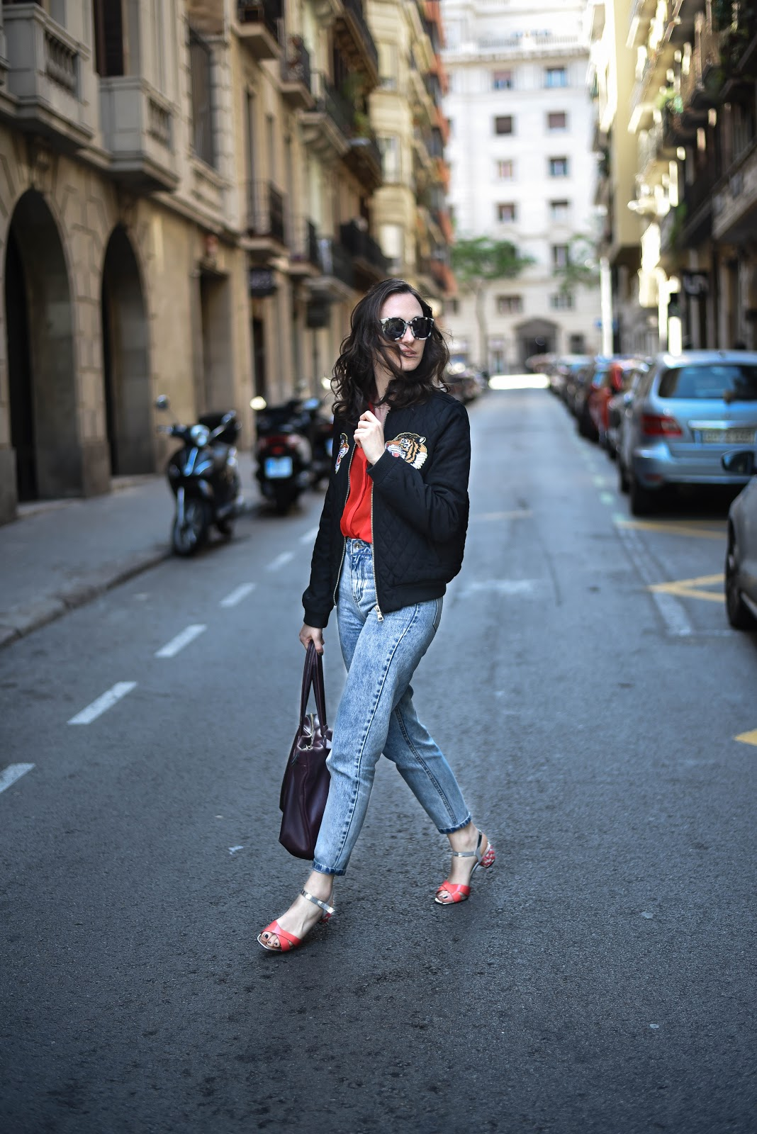 bomber_jacket_street_style_mom_jeans