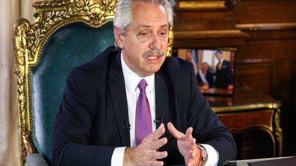 Fernández critica gestión de bancos argentinos ante cuarentena