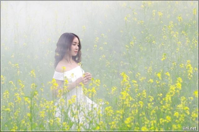 Tuyển tập thơ tình hay, nhiều tâm trạng của nữ thi sĩ Phạm Mơ