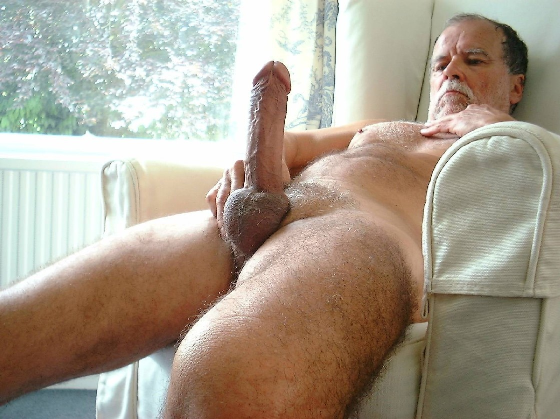 Old man nude photo 13