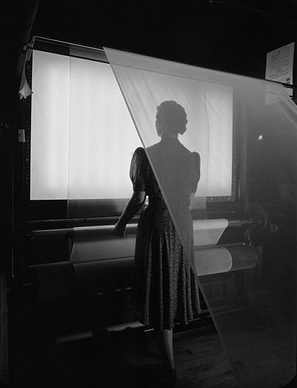 """Ezra Stoller, """"Duplan Silk Mills"""", 1943"""
