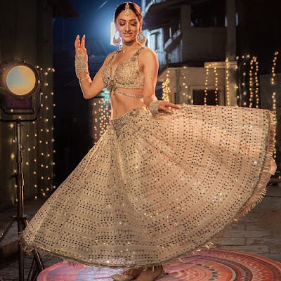 sandeepa dhar Chattis Aur Maina actress