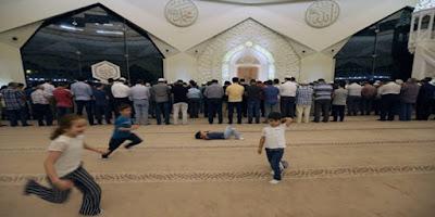 Islam Melarangan Mengusir dan Memarahi Anak-anak Dimasjid