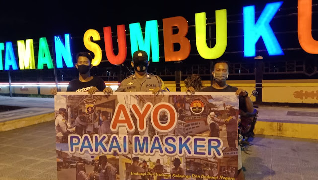 Anggota Polsek Kahayan Hilir Gelar Patroli Malam Dan Berikan Himbauan Tentang Pencegahan covid 19 Kepada Warganya