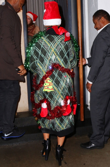 beyonce christmas outfit