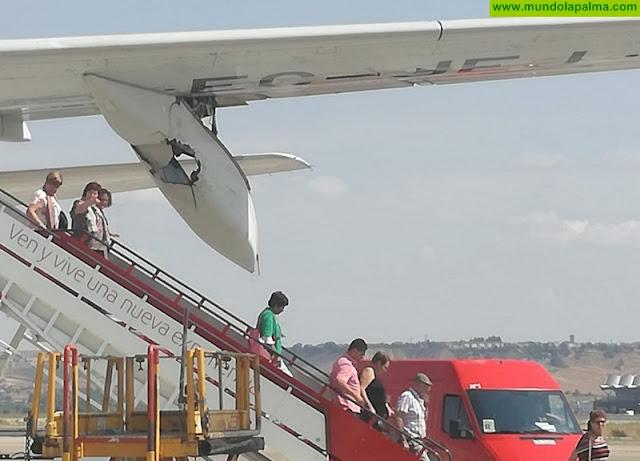 Un ave daña el avión que cubría hoy el vuelo Madrid - La Palma