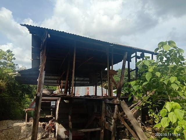 Kasus Pelakor kelas dunia membongkar rumah di kampung  Skendi