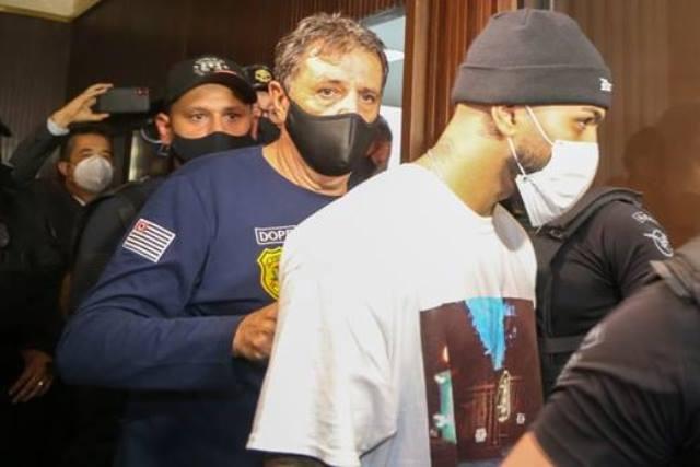 Polícia fecha cassino com 200 pessoas em SP; Gabigol e MC Gui foram detidos no local