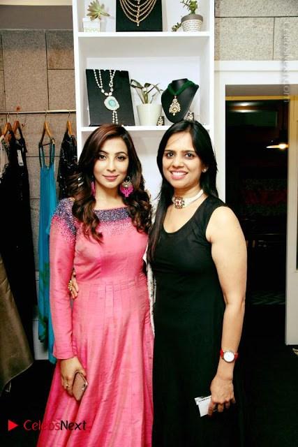 Actress Parvathy Nair Inaugurates IZA Designer Boutique Gallery  0001.jpg