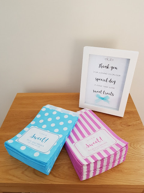 Wedding Sweet Table Sign and Paper Sweet Bags with Cute Labels