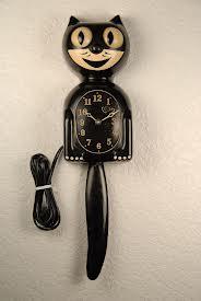 The Shallows Felix Versus The Kit Cat Clock